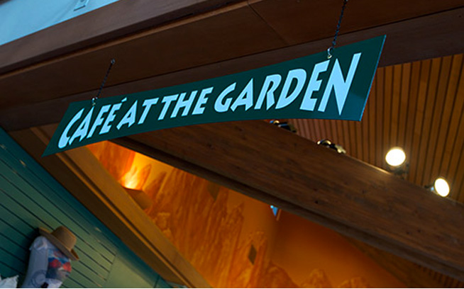 cafe at the garden